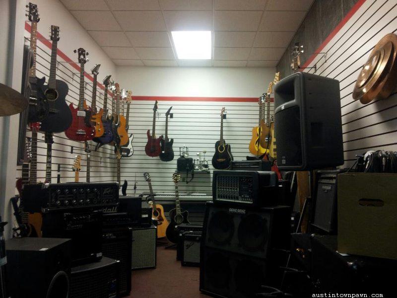 Retail Floor Austintown Pawn Inc